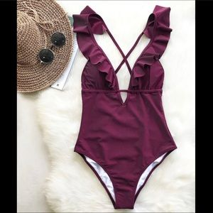 Burgundy Cupshe one-piece swimming suit